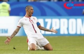 Interli futbolcu Kolarov Kovid-19'a yakalandı