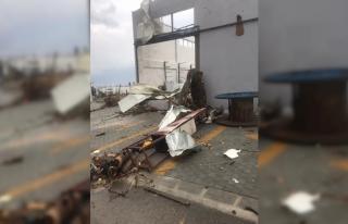 KKTC'nin Girne bölgesindeki hortum hasara yol...