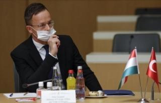 Macaristan Dışişleri Bakanı'nın Kovid-19...