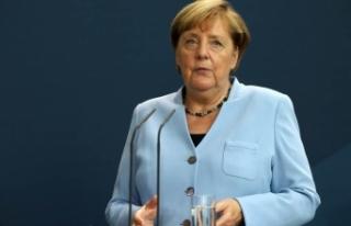 """Merkel: """"Salgın kontrol altına alınırsa ekonomik..."""