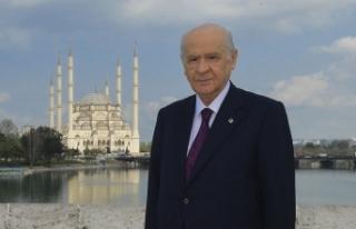MHP Lideri Bahçeli'den ilkokul öğretmenine büyük...