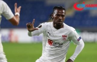 Sivasspor'un Avrupa'da gol yükünü Kayode...