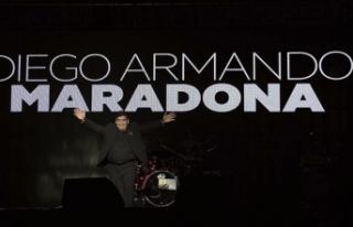UEFA'dan Maradona için 1 dakikalık saygı duruşu...