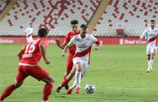Antalyaspor, Fatih Karagümrük karşısında puan...