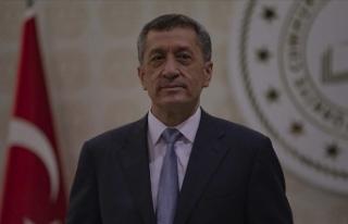 Milli Eğitim Bakanı Selçuk: Bu hafta 50 bin tablet...