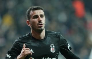 Beşiktaşlı futbolcu Oğuzhan Özyakup'un 2....