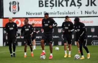 Beşiktaş'ta Sivasspor maçı hazırlıkları devam...