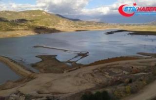 Beydağ Barajı ve Gölcük'te su seviyesi en alt...