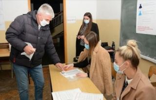 Bosna Hersek'in Mostar şehrinde halk yerel seçim...