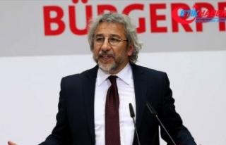 Can Dündar 27 yıl 6 ay hapis cezasına çarptırıldı