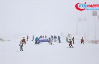 Erciyes'te kar kalınlığı 40 santimetreye...