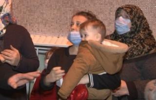 Fatih'te korkutan yangın: Mahsur kalan 22 kişi...