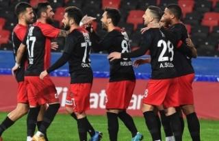 Gaziantep FK yenilmezlik serilerini Fenerbahçe karşısında...