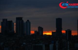 İstanbul'da gün doğumunda mest eden manzara