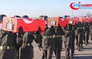 KKTC'de 14 şehit daha Muratağa Sandallar Şehitliği'ne...