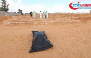 Libya'nın Terhune kentinde iki yeni toplu mezar...