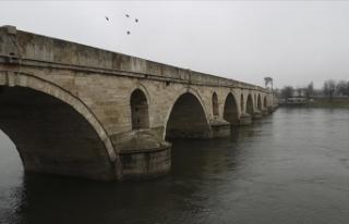 Meriç Nehri'nin debisi son yağışlarla 3 katına...