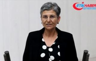 Milletvekilliği düşürülen HDP'li Leyla Güven...