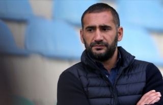 Teknik direktör Ümit Karan, TFF 1. Lig ekibi Menemenspor...