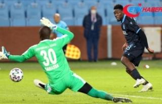 Trabzonspor'da Ekuban zor günleri geride bıraktı