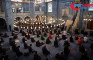 Vatandaş, yarın evine en yakın camide cuma namazını...