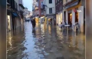 Venedik sular altında kaldı
