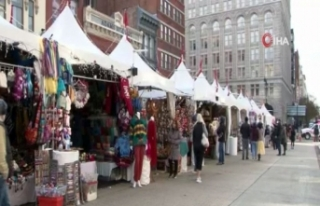 Washington'da koronaya rağmen renkli Noel pazarı