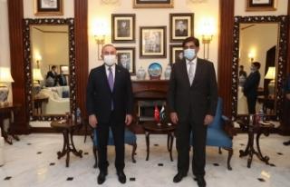 """Bakan Çavuşoğlu: """"Kardeş Pakistan ile önümüzdeki..."""
