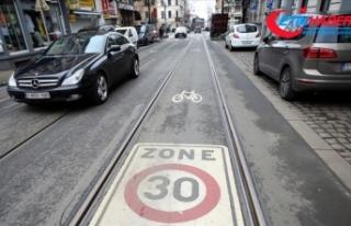 Brüksel'de araçlar için hız sınırı 30...
