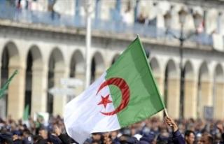 Cezayir'in Fransa'yı teröristlere fidye...