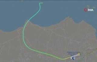 Endonezya'da yolcu uçağı seferini yaparken radardan...