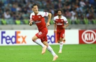 Fenerbahçe Mesut Özil'in transferi için görüşmelere...