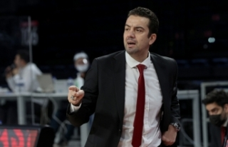Galatasaray'da Ömer Uğurata ile yollar ayrıldı