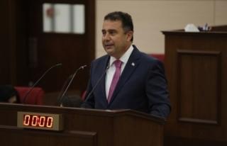 KKTC Başbakanı Saner erken seçim önerisinde bulundu