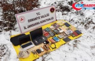 PKK'ya ait sığınakta patlayıcı ve örgütsel...