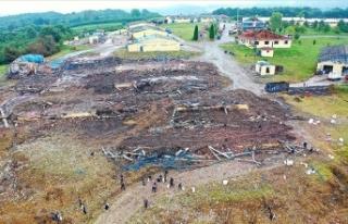 Sakarya'da havai fişek fabrikasındaki patlamaya...