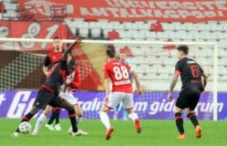 Süper Lig: FT Antalyaspor: 2 - Fatih Karagümrük:...