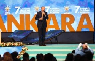 """Cumhurbaşkanı Erdoğan: """"Açıp biraz tarih okusa..."""