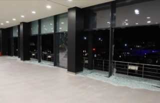 Erbil'deki havalimanına 14 roketin fırlatıldığı...