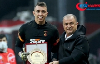 Galatasaray kalecisi Muslera 300. Süper Lig maçına...