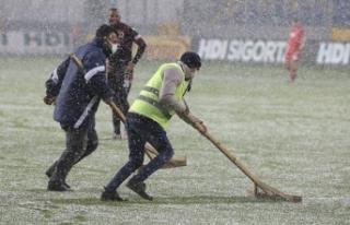 Gençlerbirliği - Beşiktaş maçında çizgiler...