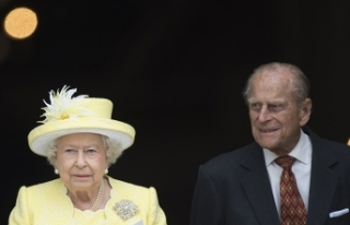 İngiltere Kraliçesi 2. Elizabeth'in eşi Prens...