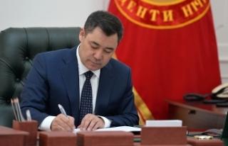 Kırgızistan Cumhurbaşkanı Caparov, Rusya ziyareti...