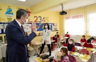 Milli Eğitim Bakanı Ziya Selçuk, Edirne'de öğretmenlerle...