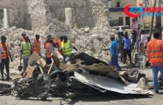 Somali'de parlamento binasının girişinde şiddetli...