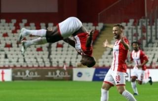 Antalyaspor, Süper Lig'de 10 maçlık yenilmezlik...