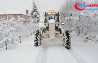 Yurt genelindeki birçok kentte kar nedeniyle yüz...