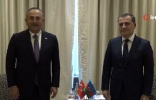 Bakan Çavuşoğlu, Azerbaycanlı mevkidaşı Bayramov...
