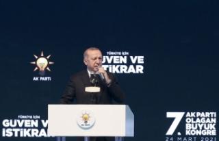 Cumhurbaşkanı Erdoğan yeniden AK Parti Genel Başkanı...