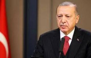 Cumhurbaşkanı Erdoğan: Türkiye akıllı telefonda...